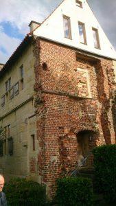 Der Turmflügel des verschwundenen Haupt-Hauses von Haus Brock