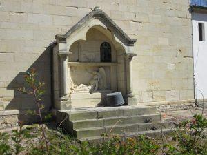 Gebetsstock an der Stiftskirche von Hohenholte