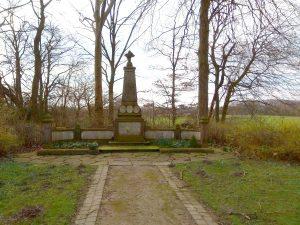 Ehrenmal auf der Kriegsgräberstätte Haus Spital in Nienberge